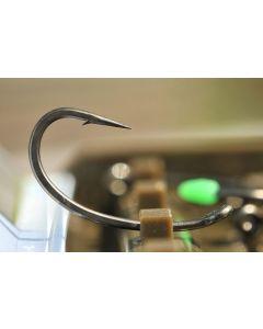Korda Kurv Shank Carp Fishing Hooks - Barbed & Barbless Sizes 2 - 12 Available